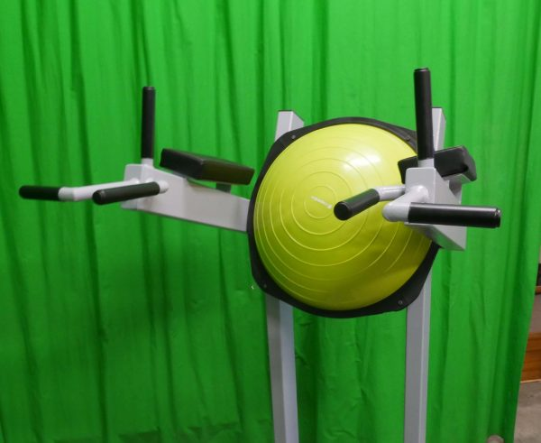 dip-knee-raise-station-K5xx