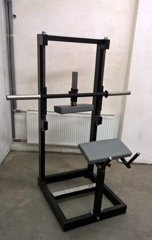 plate-loaded-calf-raise-machine
