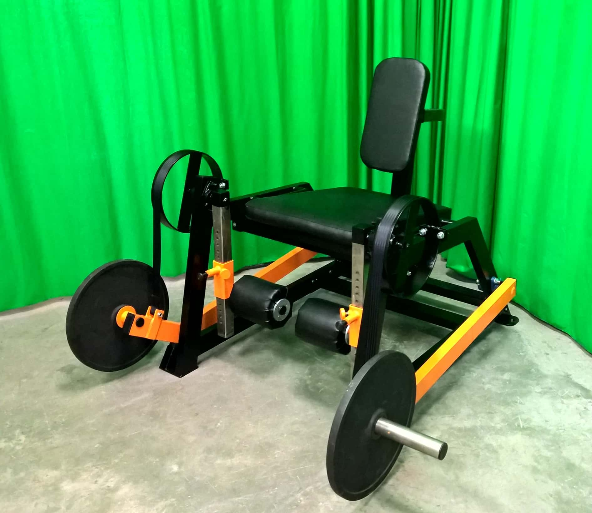 seated-extension-machine-D6