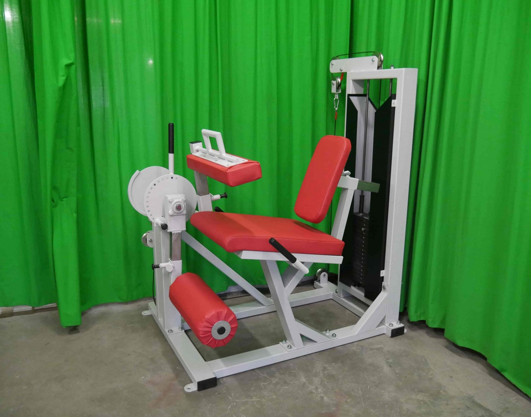 seated-hamstring-curl-and-extensions-m8xx2